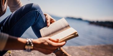 7 Ways To Read More Often